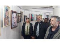 Ödemiş'te kadın portreleri resim sergisi