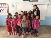 Esnaftan öğrencileri ısıtan yardım