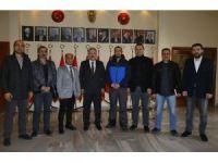 Gazeteciler İzmir Valisi Erol Ayyıldız'ı ziyaret etti