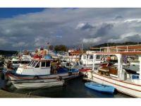Çeşme'deki balıkçılar barınaklarına çözüm istiyor