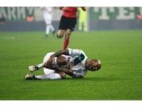 Bursasporlu oyuncunun ayağına 12 dikiş atıldı