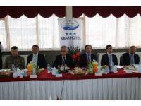 Vali Toprak'tan 'halk' toplantısı