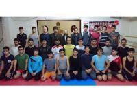 Abdurrahman Akyüz sporcularla bir araya geldi