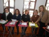 Eskişehir Eğitim ve Öğretimi Destekleme Derneği'nden gönüllülere İngilizce kursu