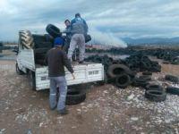 Manavgat'ta eski araç lastikleri toplanıyor