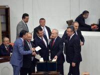 Anayasa değişiklik teklifinin ikinci turunda 1. madde oylaması başladı