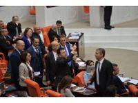 AK Parti ile CHP milletvekilleri arasında gerginlik