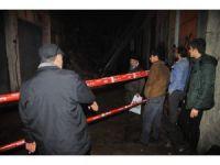 İzmir'de bina çöktü, faciadan dönüldü
