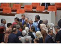 Anayasa değişiklik teklifi 11. maddesi 342 oyla kabul edildi