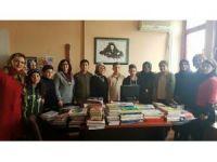 """""""Farkı okumak"""" projesine 30 Ağustos İlkokulu'nda devam edildi"""