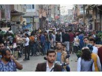 Adana'da işportacı işgaline geçit yok