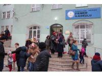 Zonguldak'ta yaklaşık 105 bin öğrenci karne heyecanı yaşadı