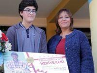 Antalya'da başarılı öğrencilere 5 yıldızlı tatil