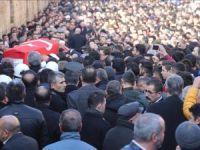 Şehit polis memuru Furkan Demir toprağa verildi