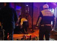 Bıçaklı kavgada 2 kişi hastanelik oldu