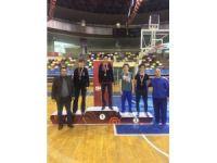 İhlas Koleji öğrencisi, güreşte İstanbul Şampiyonu