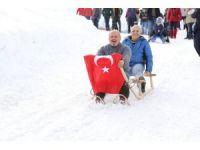 Artvin Ardanuç'ta kar şenliği