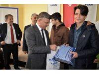 Başkan Akdoğan, TEOG'da başarılı olan öğrencileri ödüllendirdi