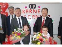 Başkan Akdoğan öğrencilerin karne sevincine ortak oldu