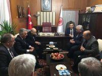 AK Parti'li milletvekilinden MHP Genel Başkanı'na patates ikramı
