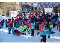 Çocuklara yarıyıl tatili hediyesi kayak kursu