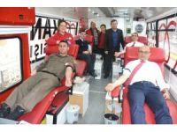 Altınovalılar'dan kan bağışına destek