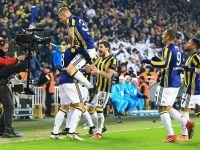 Fenerbahçe lideri devirdi!