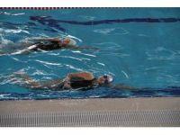 Minik yüzücüler turnuvaya iddialı hazırlanıyor