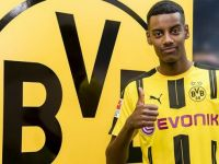 Dortmund,Isak'ı kadrosuna kattı