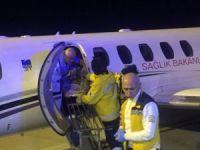 Umre'de rahatsızlanan Denizlili kadın uçak ambulansla Denizli'ye getirildi
