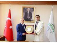 AÇÜ'de Prof. Dr. Fahrettin Tilki dönemi başladı