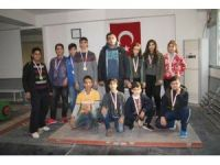 Adana'da Okullararası Yıldız, Genç Kız ve Erkek Halter İl Birinciliği