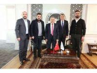 Oto Galericiler Sitesi Başkan ve Yönetimini, Başkan Büyükkılıç'ı Ziyaret Etti