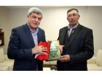 """Başkan Karaosmanoğlu, """"Halisdemir'in hayalini gerçekleştireceğiz"""""""