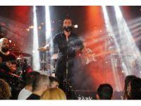 Berkay şarkılarıyla Uludağ'ı ısıttı
