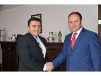 Bozüyük Meslek Yüksekokulu Müdürü Hüseyin Sadoğlu, Başkan Fatih Bakıcı'yı ziyaret etti