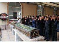 Nişanlı çifti ailesi cenazede de ayırmadı