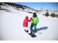 Çoban kayakçının hedefi şampiyonlar yetiştirmek
