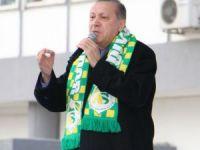 Cumhurbaşkanı Erdoğan HDP ve CHP'lileri 'evet' demeye davet etti