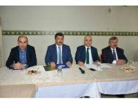 Uşak'ta yeni anayasa masaya yatırıldı