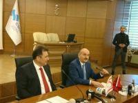 Bakan Müezzinoğlu, KKTC'li mevkidaşıyla görüştü