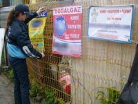 Sapanca'da izinsiz asılan tabelalar sökülüyor