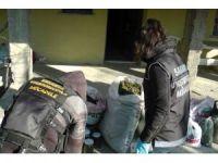 Sakarya'da 24 kilogram kubar esrar ele geçirildi