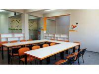 Ulusal Egemenlik Okulu kütüphanesi yenilendi