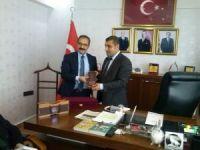 Rektör Gür Gaziantep MHP'ni ziyaret etti