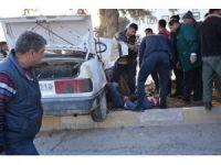 -Korkuteli'de Trafik Kazası 1 Ölü 2 Ağır Yaralı