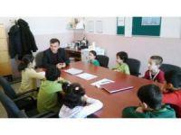 Okul müdürü, okul meclis başkanı ve sınıf temsilcileri ile görüştü