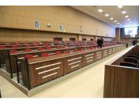 Türkiye'nin en büyük duruşma salonu FETÖ'cü darbecileri yargılamak için hazır