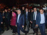 Başbakan Yıldırım, Tokatlılarla hatıra fotoğrafı çektirdi