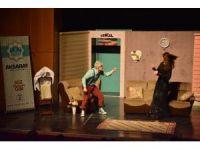 """Aksaray'da """"Çevrimdışı Aile"""" tiyatro oyunu sahne aldı"""